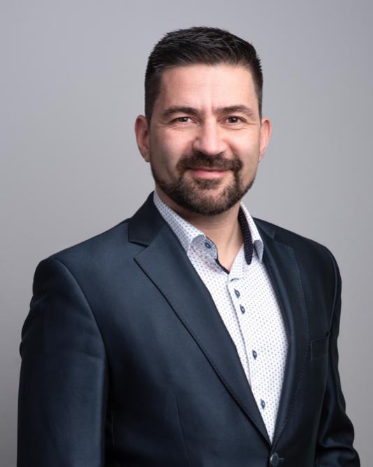 Jan Štěpánek - realitní a hypoteční specialista